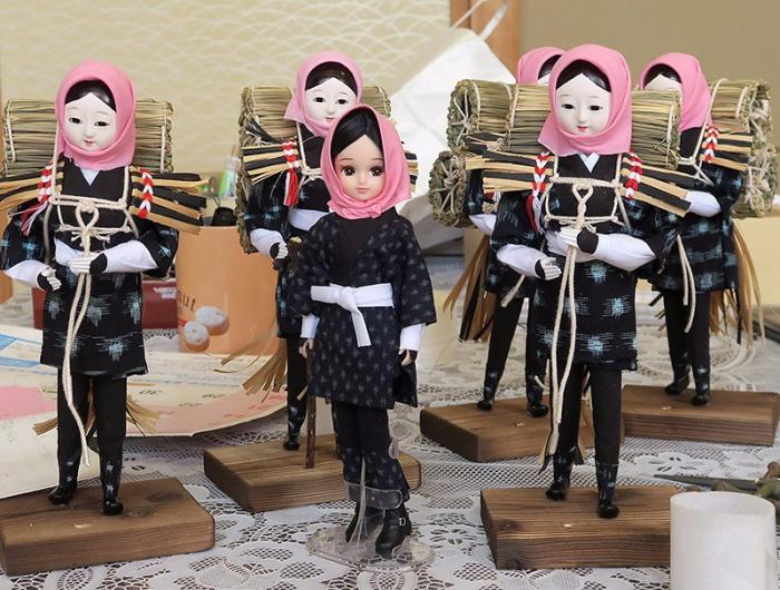 目屋人形と目屋人形スタイルのリカちゃん