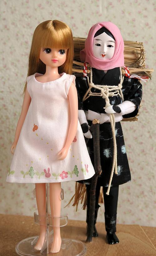 リカちゃんと目屋人形