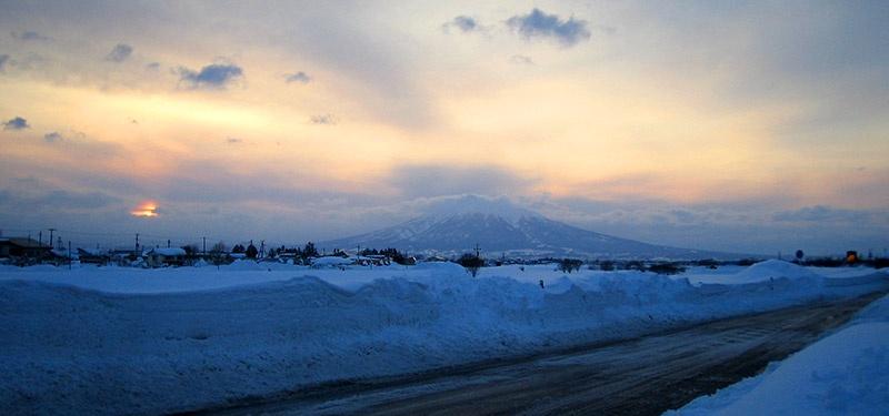 通勤路から見る岩木山