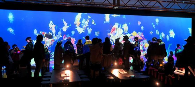 サンロード青森で開催中のお絵かき水族館