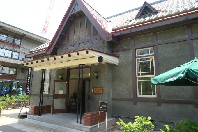 5月のスターバックス・コーヒー弘前公園前店