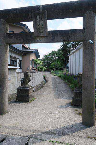 神明宮の鳥居