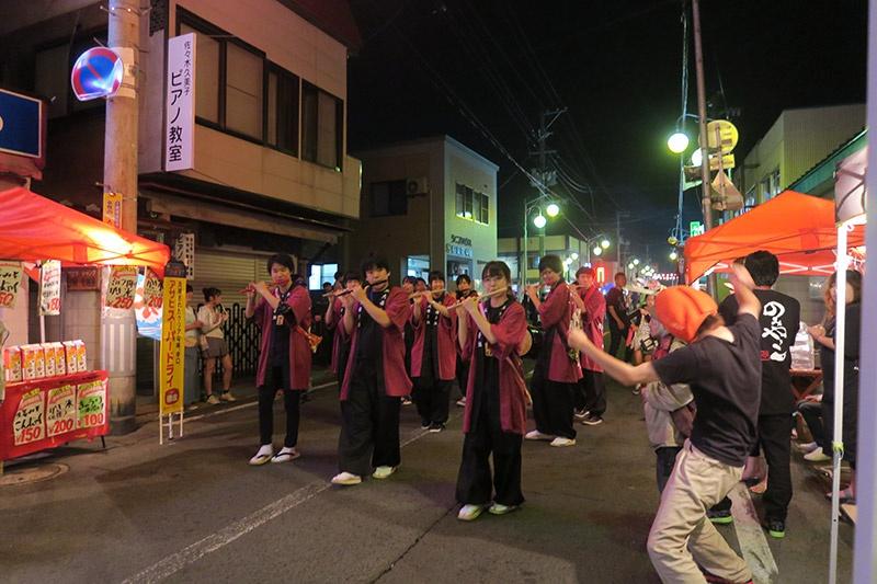 弘前大学生のねぷた囃子