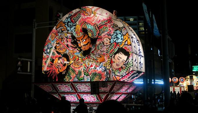 8月1日の弘前ねぷた祭り