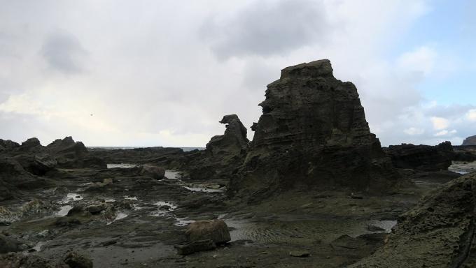 見つけた!ゴジラ岩!