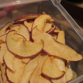 スライスして乾燥させたりんご