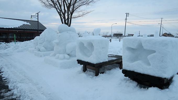雪像、キャンドルスペース