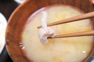 タコノドウグの味噌汁