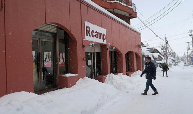 Rcampの新店舗入り口
