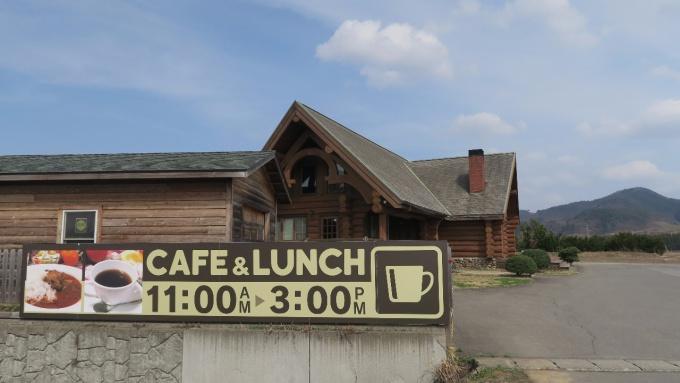 大鰐IC手前にあるログハウスのカフェ