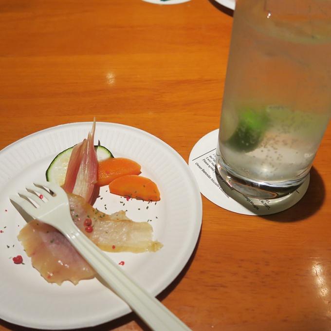 ジンリッキーと白神の魚の燻製