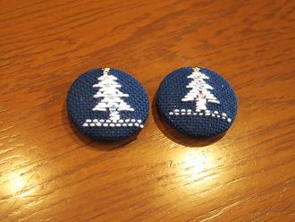 クリスマスなくるみボタン