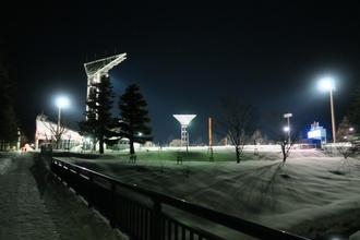 照らされた球場