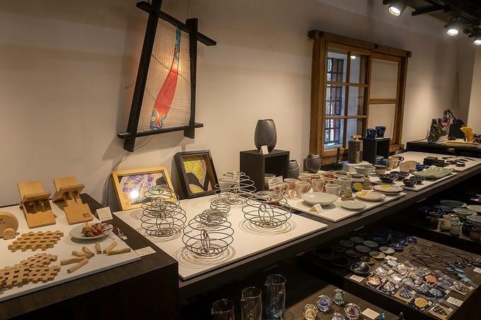 匠館1階の展示