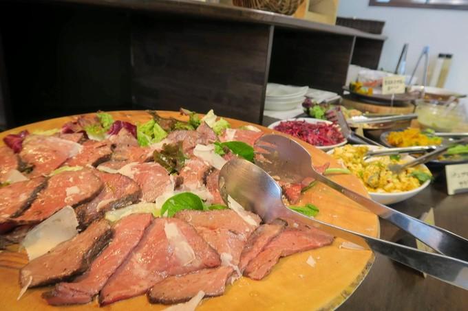 お肉の料理もちゃんとあります