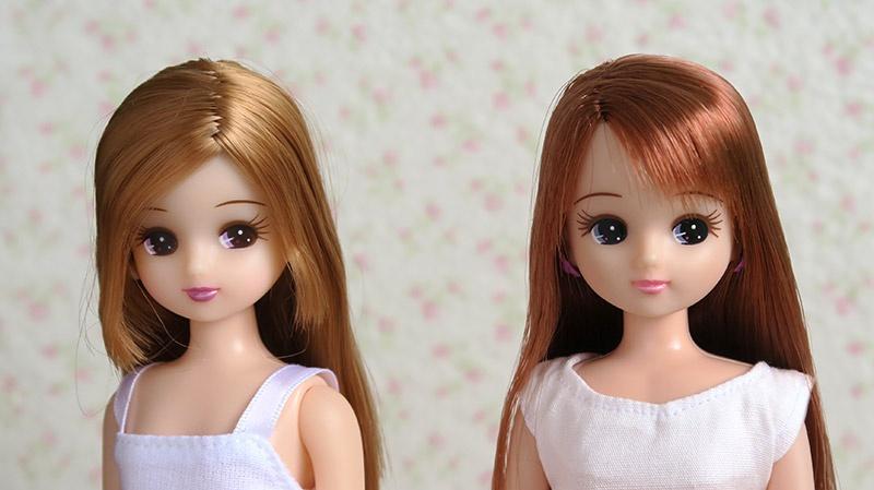 左:ハンカチドレス付属リカちゃん(中国製)右:リトルマーメイドだいすきリカちゃん(国産)
