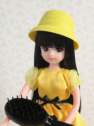 小道具も黄色と黒