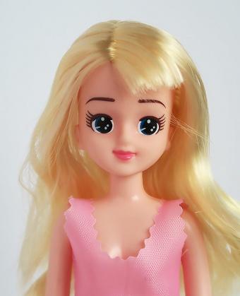 金髪カールのエリーちゃん