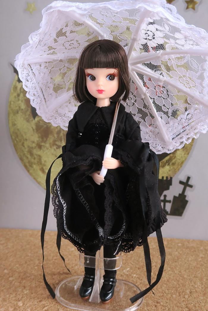 復刻版初代リカちゃんにハロウィンドレス