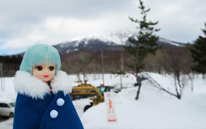 リカちゃんと岩木山